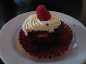 Hz got dessert!
